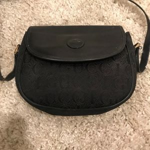 AUTHENTIC VINTAGE GUCCI CROSSBODY!